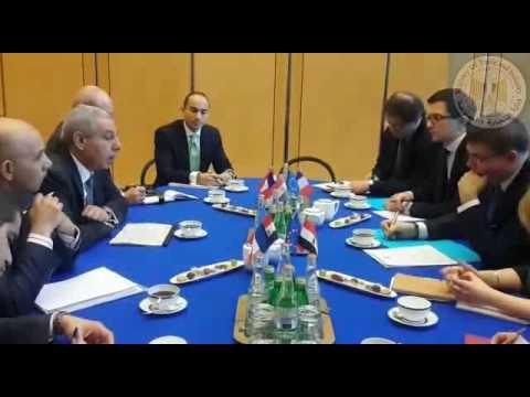 اجتماع الوزير/طارق قابيل مع وزير الصناعة الفرنسى والذى عقد بالعاصمة باريس