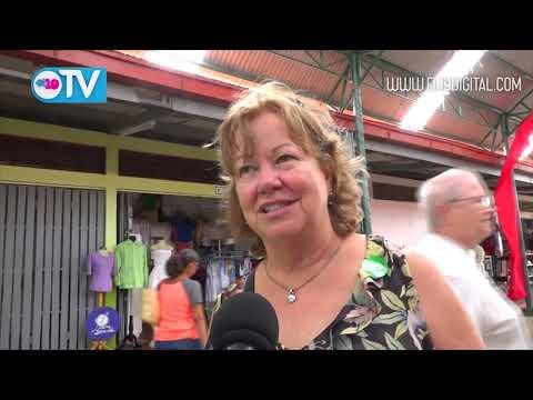 Crucerista de Coral Princess visitan la ciudad de las Flores