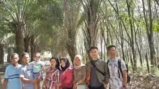 preview picture of video 'Liburan ke pantai satui, sei danau part 2'