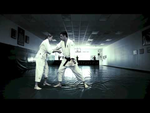 Gracie jiu- jitsu self defense