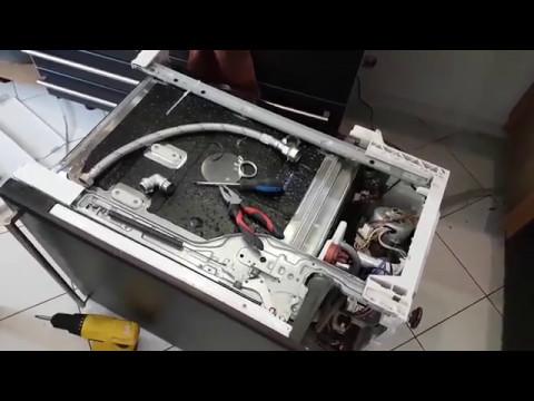 Ошибка i30. Ремонт посудомоечной машины Electrolux. Вода в поддоне.