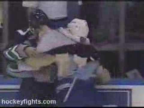 Kelly Chase vs Tony Twist
