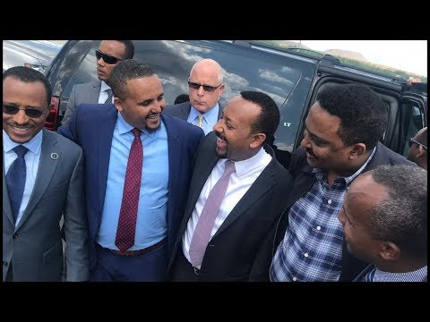 Download When Jawar Mohammed Of Oromia Media Network Meets Prime Minister Abiy Ahmed In Minnesota HD Mp4 3GP Video and MP3