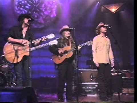 Willie Nelson, Jon Bon Jovi & Richie Sambora - Always On My Mind