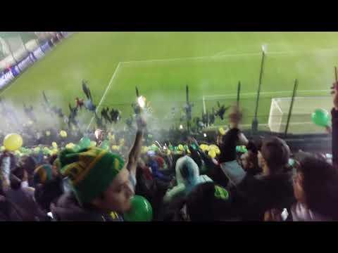 """""""Recibimiento / Salida de Defensa y Justicia 🔰"""" Barra: La Banda de Varela • Club: Defensa y Justicia"""