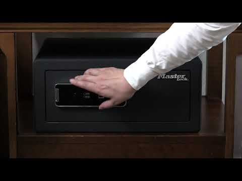 Master Lock LX110BEURHRO: Large Biometric Security Safe