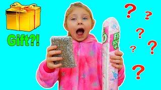 Reactia Melissei la Surprizele Inutile | Video for Kids