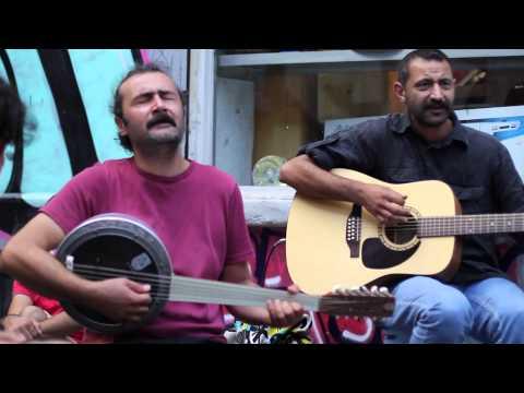 Kararsizlar - Dersim dört dağ içinde - street shooting in Tünel Sahne - Istanbul - 31/08/2014