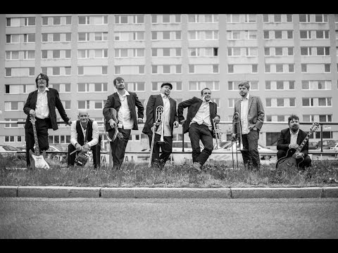 Pohřební Kapela - Pohřební kapela - Cingilingi (hip hop)