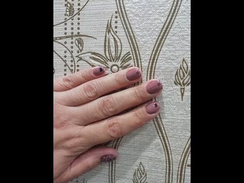 Маникюр на короткие ногти/Нюдовый маникюр/Минимализм на ногтях