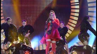 LOLA INDIGO Lola Bunny + Ya no quiero na (Directo) live
