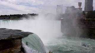 TM Teskně hučí, Niagara..