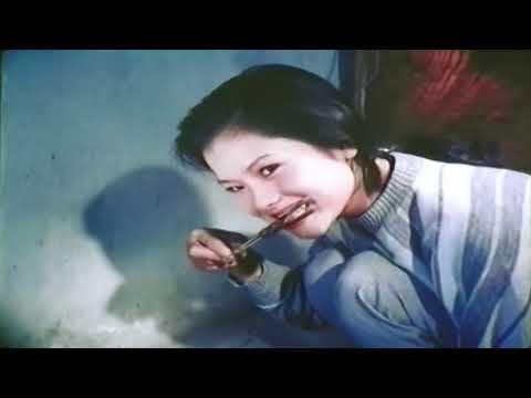 Trinh nữ từ trong tranh vẽ - Phim sextile trung cổ trang