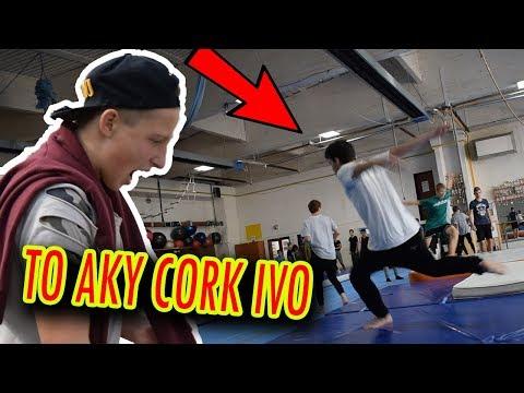 To aký CORK dal Ivo ?