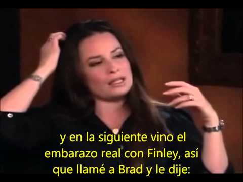 Holly Marie Combs en los extras de Charmed (español)