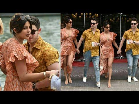 Priyanka Chopra And Nick Jonas Enjoying Their Holiday In Paris   Nickyanka