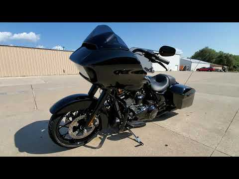 2020 Harley-Davidson Road Glide® Special in Ames, Iowa - Video 1