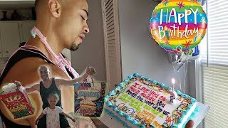 Happy Birthday Daddy!! Daddys Surprise Party Opening Presents!