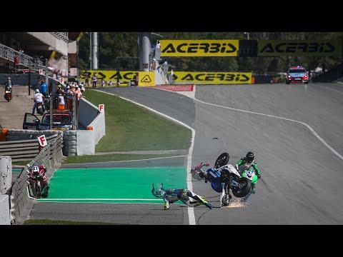 スーパーバイク世界選手権 SBK 第6戦スペイン(カタルニア・サーキット)決勝レース2の激しすぎるファーストラップのハイライト動画