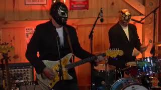 Los Straitjackets In Daryl's House Club