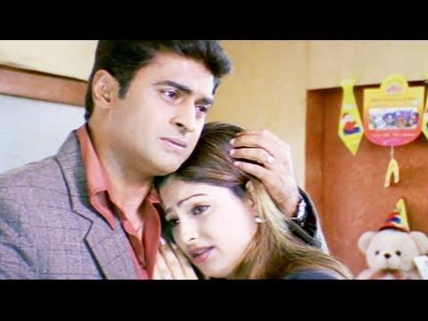 Mohnish Behl consoles Ayesha Jhulka - Bhagyashree | Scene 6/19 | Janani