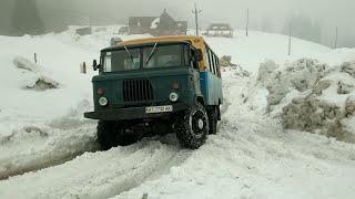 Драгобрат - Карпаты, Украина: газ66, уаз, нива подъем по снегу