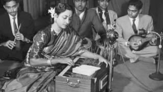 Geeta Dutt : Rang dalo ji : Non-film song - YouTube