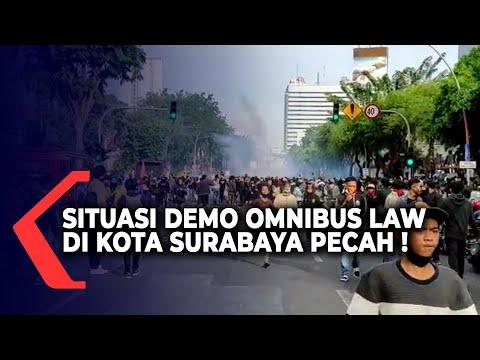 situasi demo penolakan uu cipta kerja di kota surabaya pecah