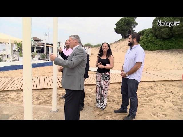Izada de Bandera Azul 2018 en la playa cartayera de San Miguel