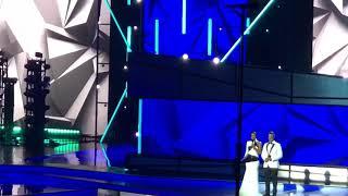 Luis Fonsi Nicky Jam y Sebastian Yatra Billboard Music Awards 2019 Date la Vuelta