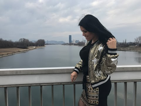 Sequin Outfit - Pailletten Jacke und Mini Rock Gold | Vienna City | Austrianblogger Wien Blogger