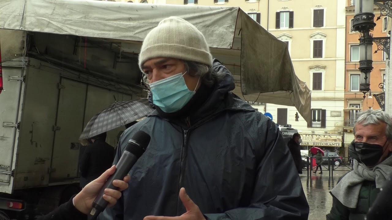 Nuova protesta degli ambulanti. Prosegue lo scontro con il Comune