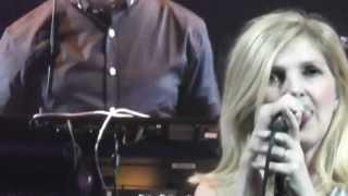 St Etienne - Sylvie - live London Palladium '12 - HD