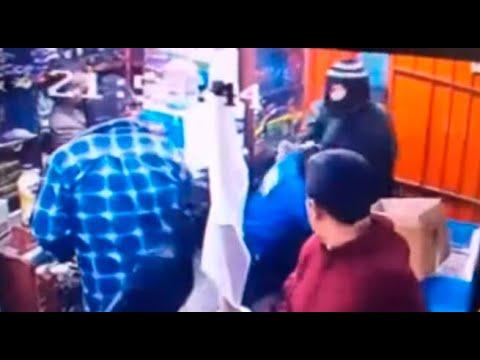 Cámaras de seguridad captan asalto de tienda de abarrotes en Chorrillos   90 Digital