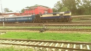 preview picture of video 'Lumding tinsukia passenger departs from lumding'