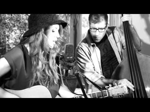 Jenn Grinels - No Better (live) w/ Ian Sheridan