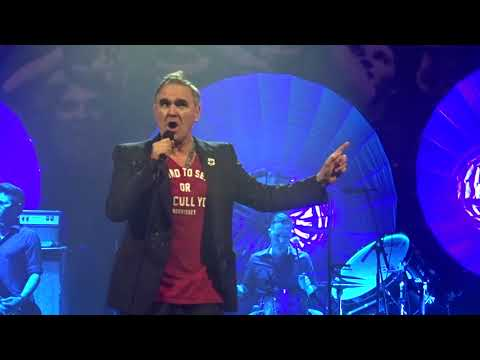 Morrissey (World Peace Is None Of Your Business) @ Lunt-Fintanne 5/8