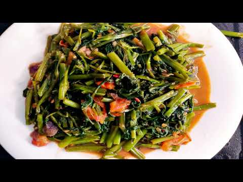 MASAK KANGKUNG BELACAN SIAP DALAM DUA MINIT/Water spinach with shrimp paste ready in two minutes.