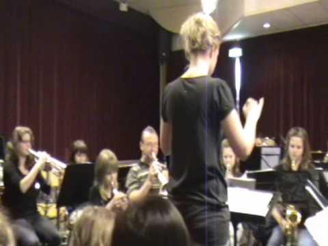 Snuffelconcert van fanfare in Stevensbeek