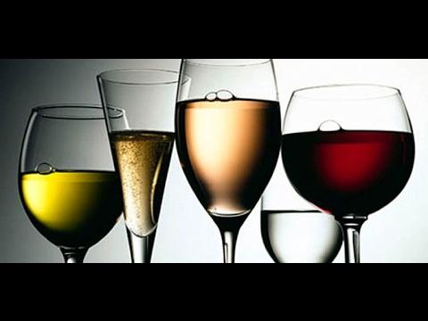 ¿Con qué copas se disfruta mejor el vino?