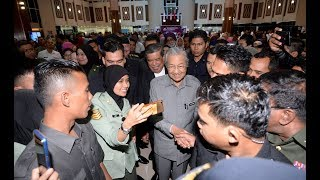 Size of civil service too big, but hard to shrink, says PM