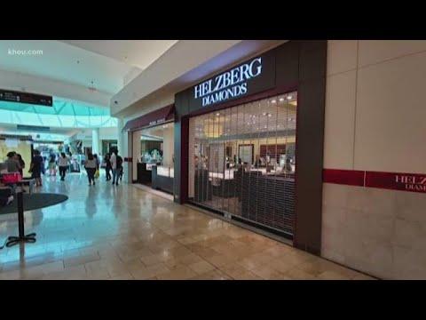 Jewelry store robbery causes stir at Baybrook Mall
