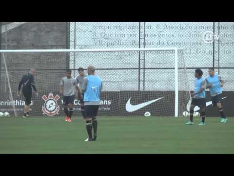 Guerrero, Martínez e Zizao brilham no treino coletivo do Corinthians
