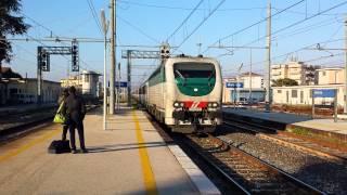 preview picture of video 'E403 011 IC553 (Roma - Reggio Calabria) Stazione di Aversa HD'