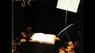 Der Kirschgarten oder Memoiren an die Stirn des Kindeszeit