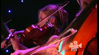 Angus & Julia Stone - Bella (Live in Sydney) | Moshcam