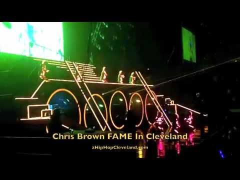 Chris Brown's Lazer Show Performing 'Beautiful People' | Z 107 9