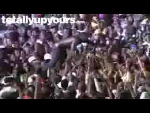 Akon der Prügel Rapper!