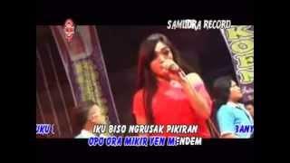 Download lagu Deviana Safara Oplosan Mp3