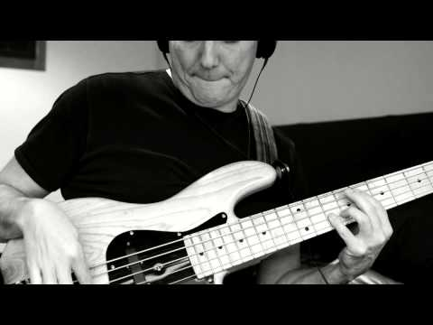 Rosalyn Vitesse bass cover version